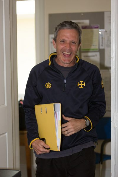 Portrait Photo of Mark Halstead